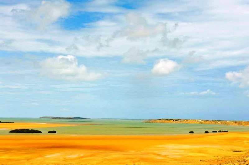 Amarillo Irreal - Bahia Hondita - Punta Gallinas, Alta Guajira - karen Salamanca