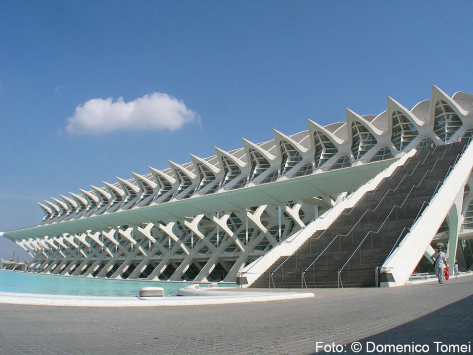 Valencia barcellona viaggio fotografico for Architettura contemporanea barcellona