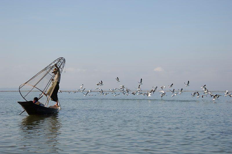 Pescatori sul Lago Inle - Foto: © Roberto Gabriele 2005